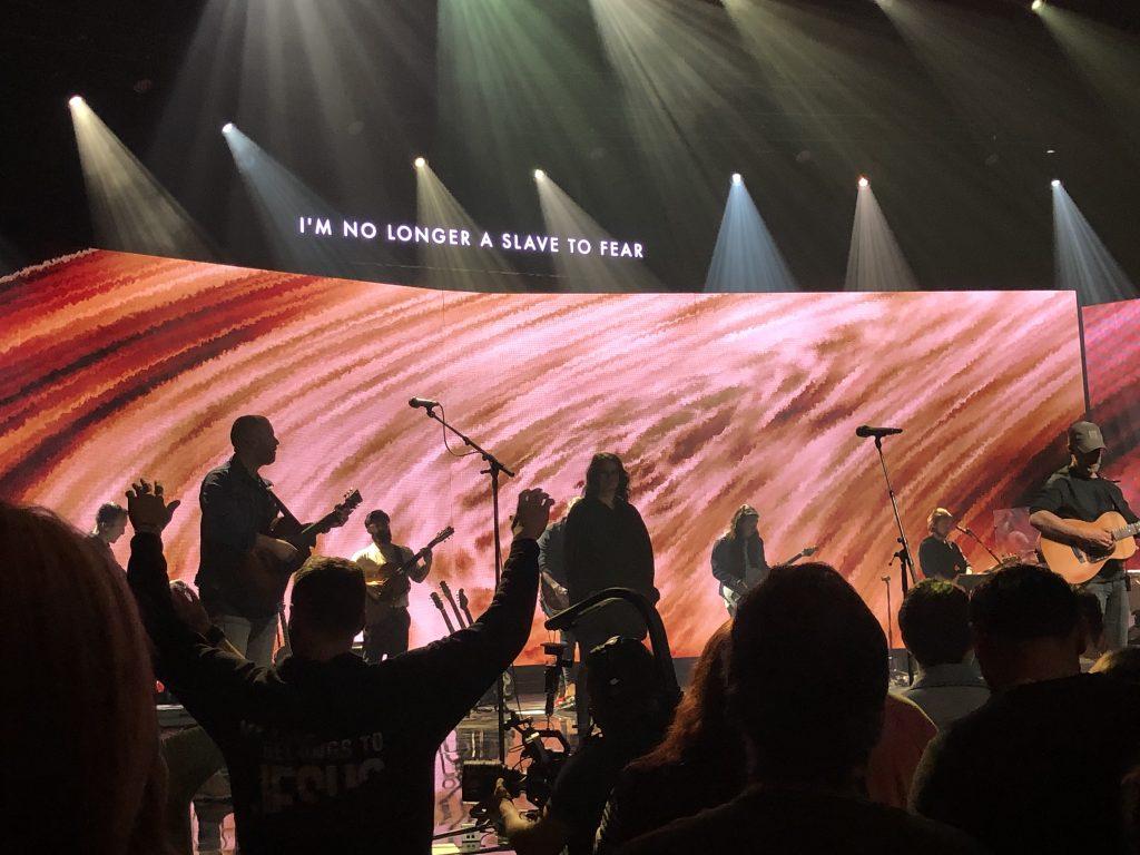 Bethel Music Victory Tour Warship worship night (1)
