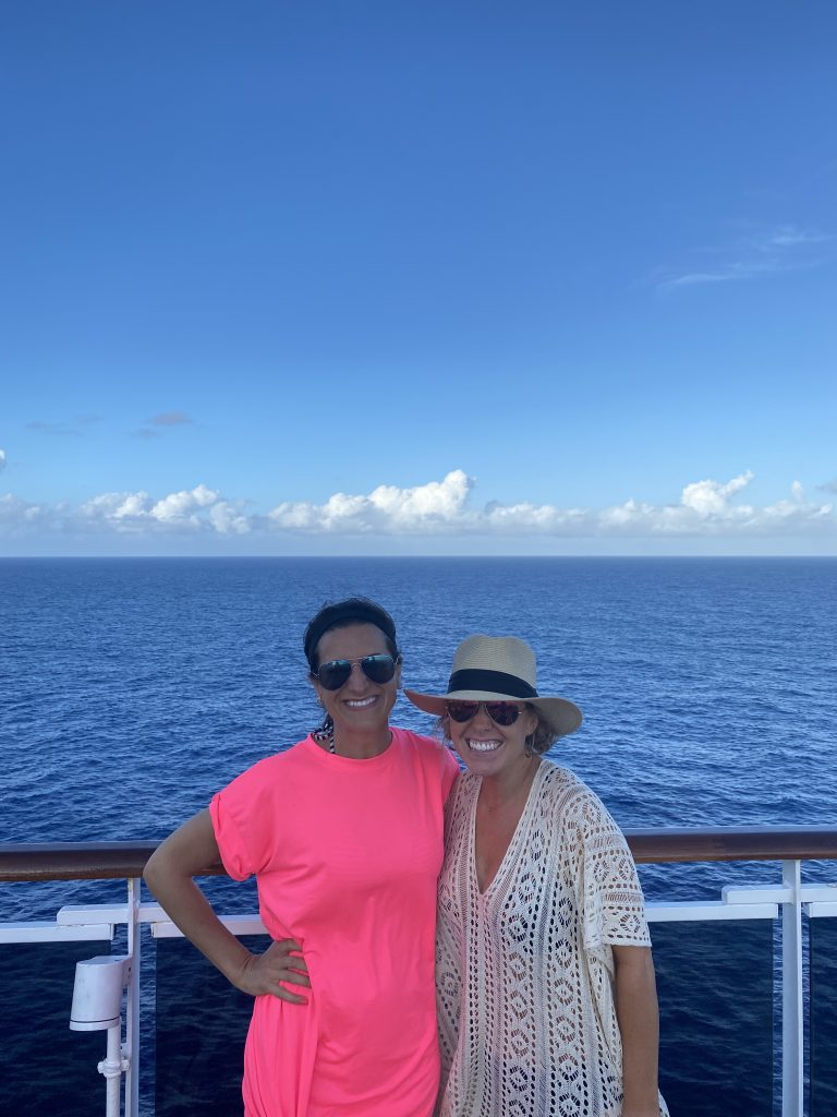 carnival horizon day at sea